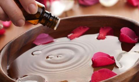 agua-de-rosas 3 gotas esencia